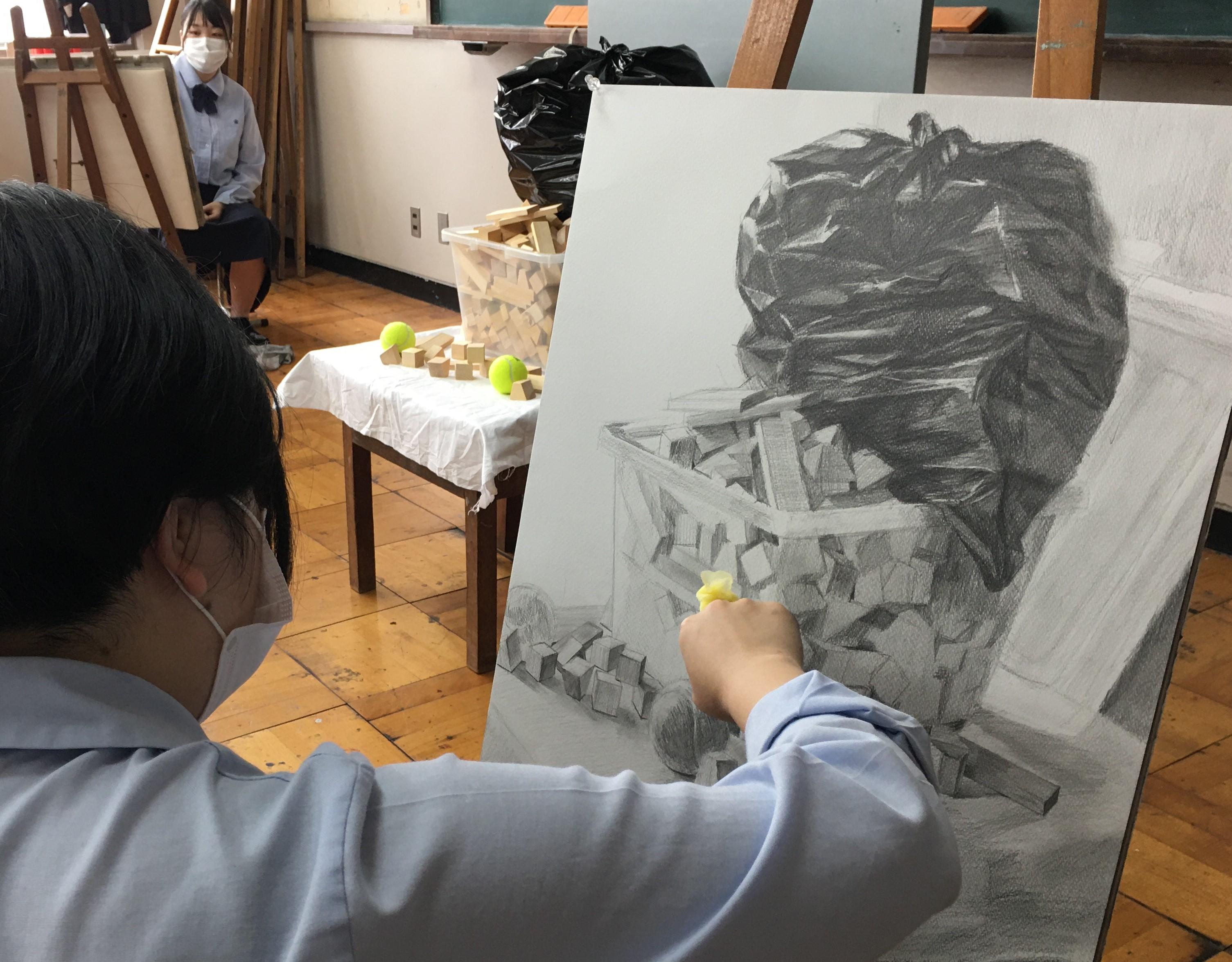 美術科3年生 校内実技模試【第1回】
